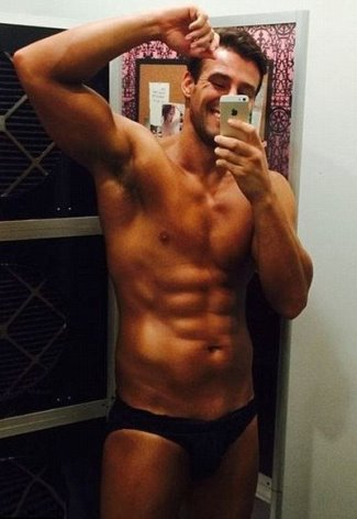 kris smith washboard abs
