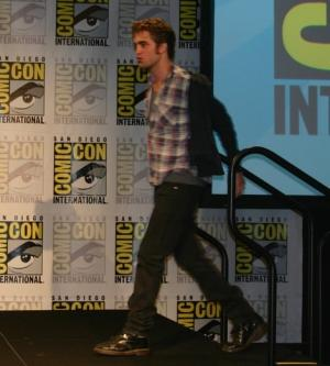 robert-pattinson-and-dr-martens-1460-boots-gallery