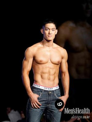 hot korean men shirtless washboard abs