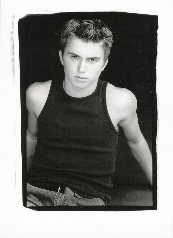 kenny wormald shirtless dance hunk