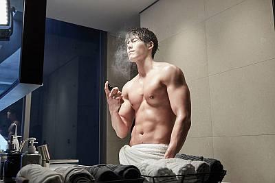 hot korean men - Kim Woo-bin2