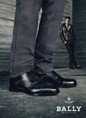 mens bally shoes model