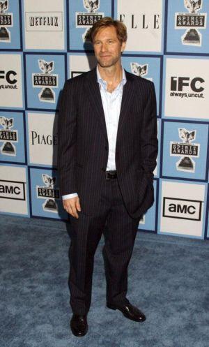 celebrity pinstripe suit aaron eckhart