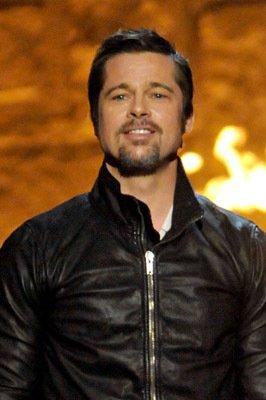 brad pitt leather jacket in guys choice award