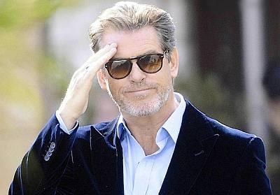 celebrity eyewear - pierce brosnan persol 714 sunglasses