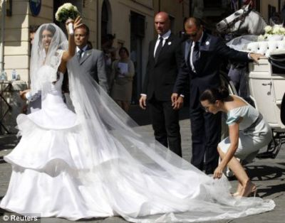 yolanthe cabau wesley sneijder wedding