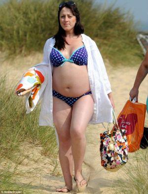 pregnancy bikini natalie cassidy