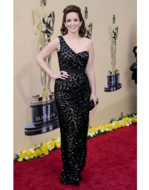 one shoulder dresses tina fey