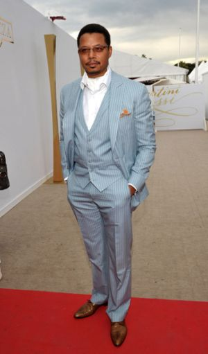 celebrities wearing piece suits for men