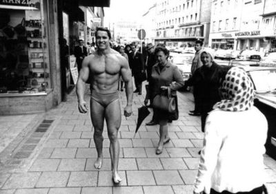 Arnold Schwarzenegger speedo in public to promote munich gym