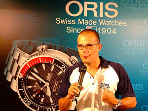 oris divers watch carlos coste limited edition