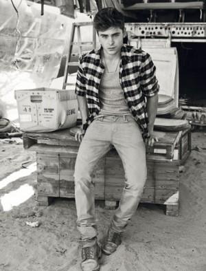 zac efron jeans levis