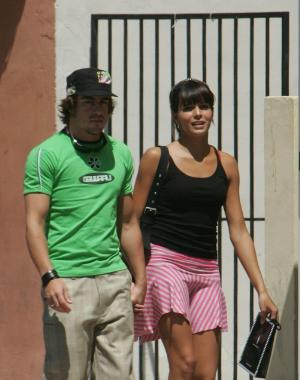 fernando alonso girlfriend