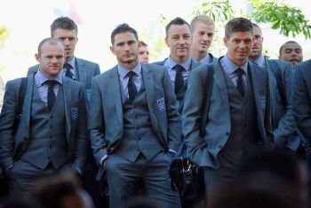 english football team marks and spencer suit