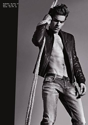 hot men in jeans armani - jon kortajarena