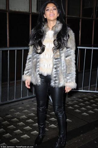 nicole-scherzinger-and-topshop-faux-fur-coat
