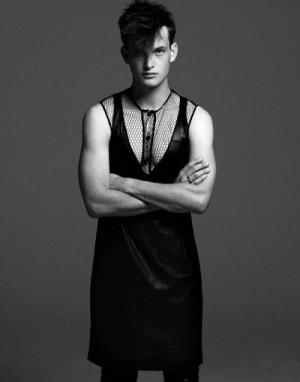 Men Who Wear Womens Dresses - Thomas Wyatt3
