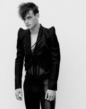Men Who Wear Womens Dresses - Thomas Wyatt4