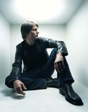tom cruise leather jacket fashion style