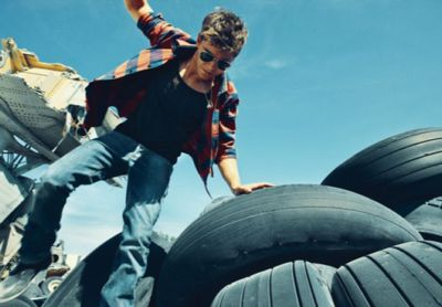 zac efron jeans by dior homme