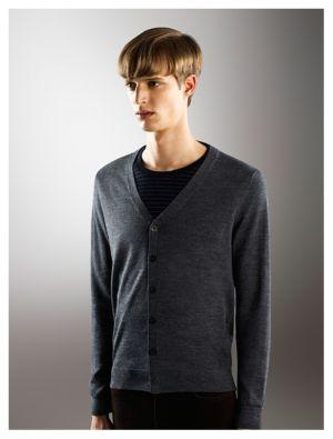 Best Sweaters for Men uniqlo merino cashmere