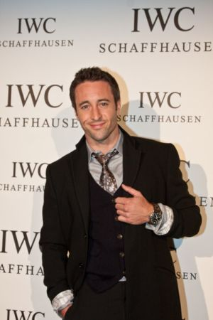 alex oloughlin celebrities wearing big pilot iwc