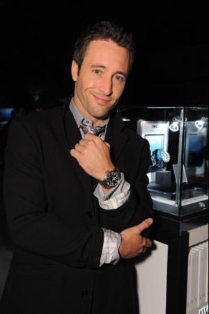 celebrities wearing big pilot iwc watch alex oloughlin
