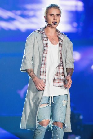 justin bieber purpose tour jacket by ck