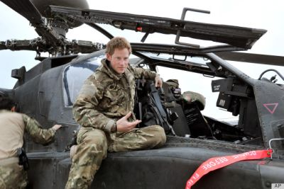 prince harry apache helicopter pilot and commander