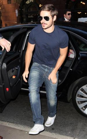 zac efron jeans collection