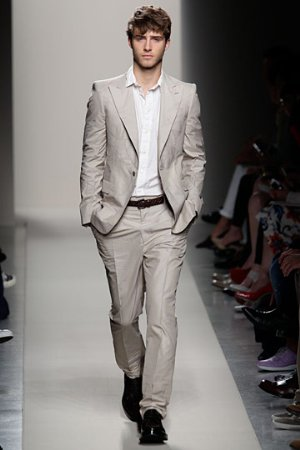 italian mens suits by bottega veneta