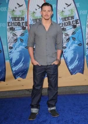 celebrities wearing prada jeans channing tatum