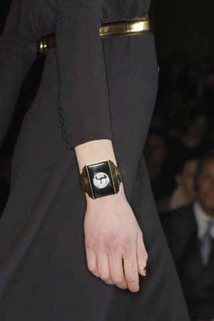 gucci ladies watch ready to wear