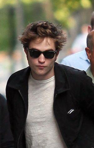 robert pattinson rayban sunglasses