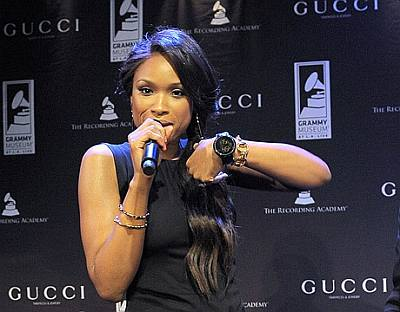 gucci limited edition grammy ladies watch - jennifer hudson