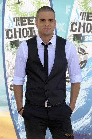 Celebrities Wearing Vests glee