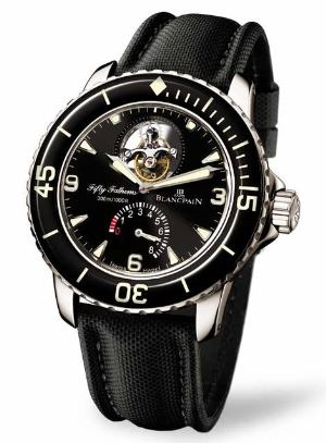 celebrities wearing blancpain 50 fathoms - brad pitt2