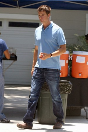 celebrity jeans raven denims on josh duhamel