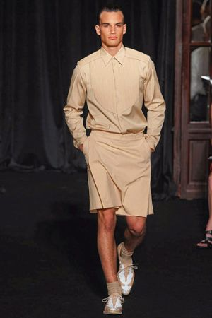 givenchy men wearing skirts fashion