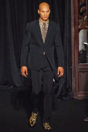 givenchy mens suit spring 2011. black mens suit