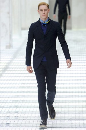 prada suits for men - dark blue color - paris fashion week 2011