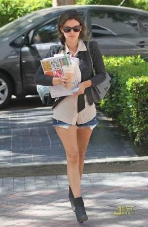 celebrity jeans short shorts rachel bilson