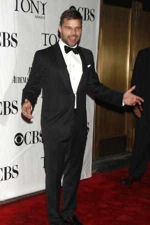 celebrity tuxedo ricky martin tony awards