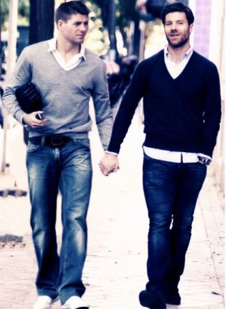 xabi alonso gay with steven gerrard2