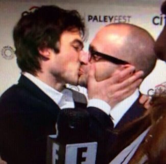 Ian Somerhalder Gay kiss Damon Lindelof