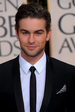 chace crawford suit by dolce gabbana with skinny tie