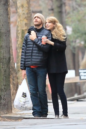 Jake Gyllenhaal Fashion Style - Mens Bubble Jacket