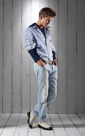 faded distressed denim jeans 2011 mens fashion style