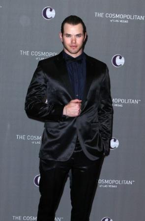 celebrity tuxedo kellan