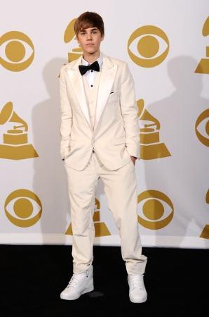 justin bieber tuxedo fashion style